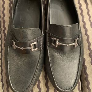 Simple Black Leater shoes